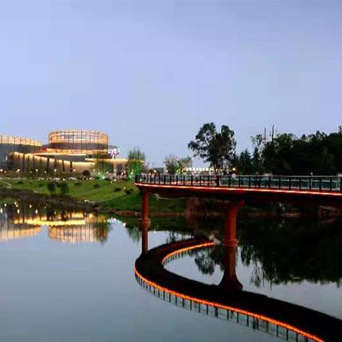 莲花湖S形景观桥